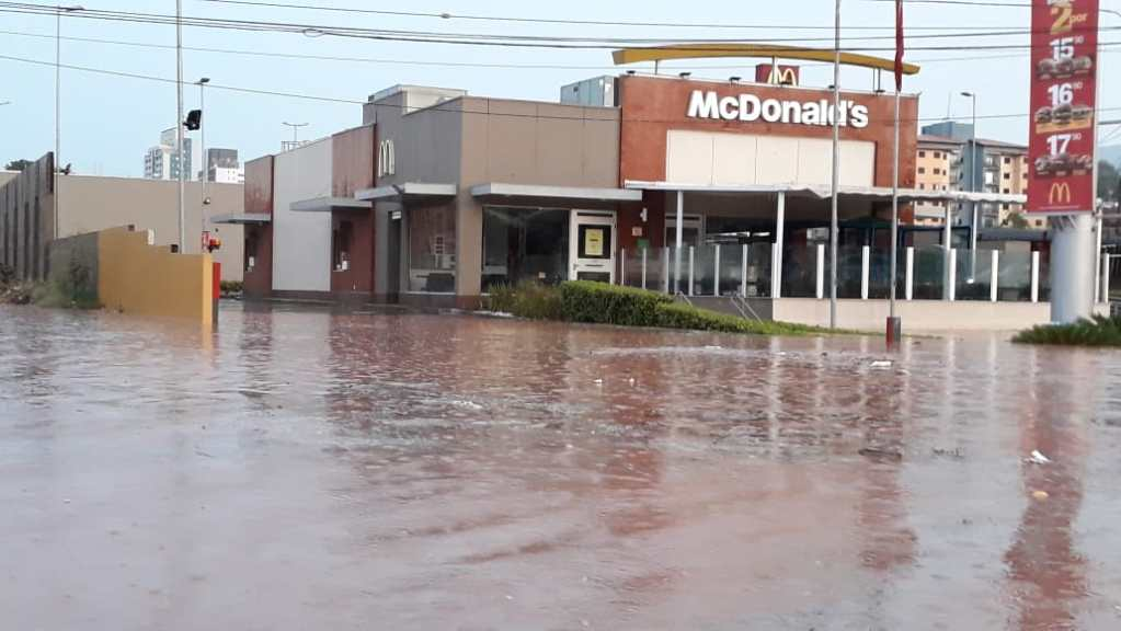 Mais uma inundação