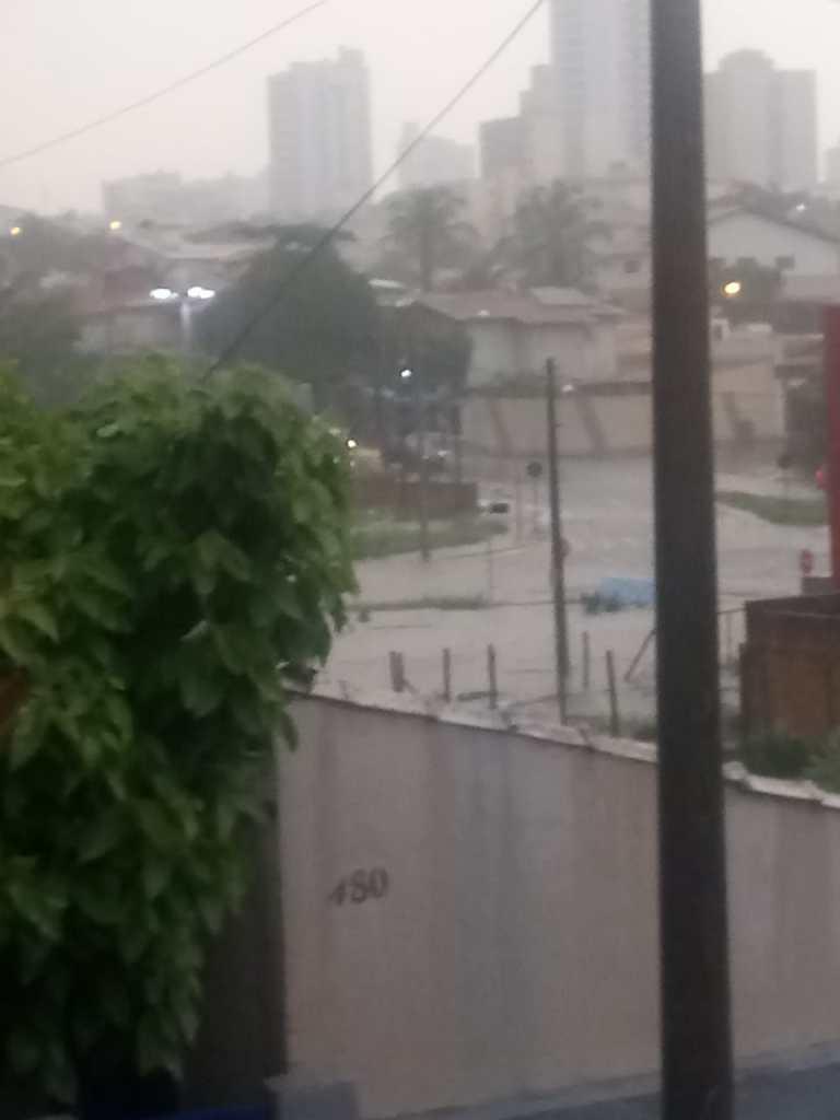 Trabalhador São-carlense tem enchente